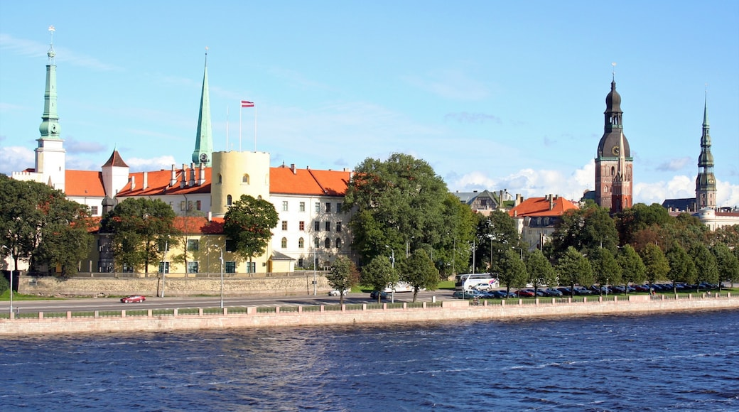Riga which includes heritage architecture and general coastal views
