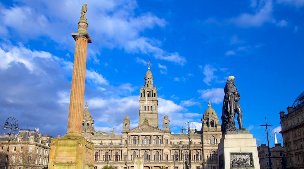 George Square featuring heritage architecture, a square or plaza and a city
