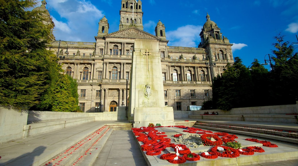 George Square which includes a memorial, a monument and heritage architecture