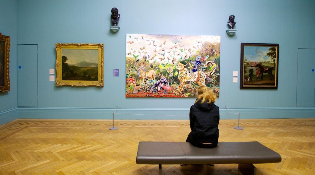 曼徹斯特畫廊 设有 藝術 和 內部景觀 以及 一名女性
