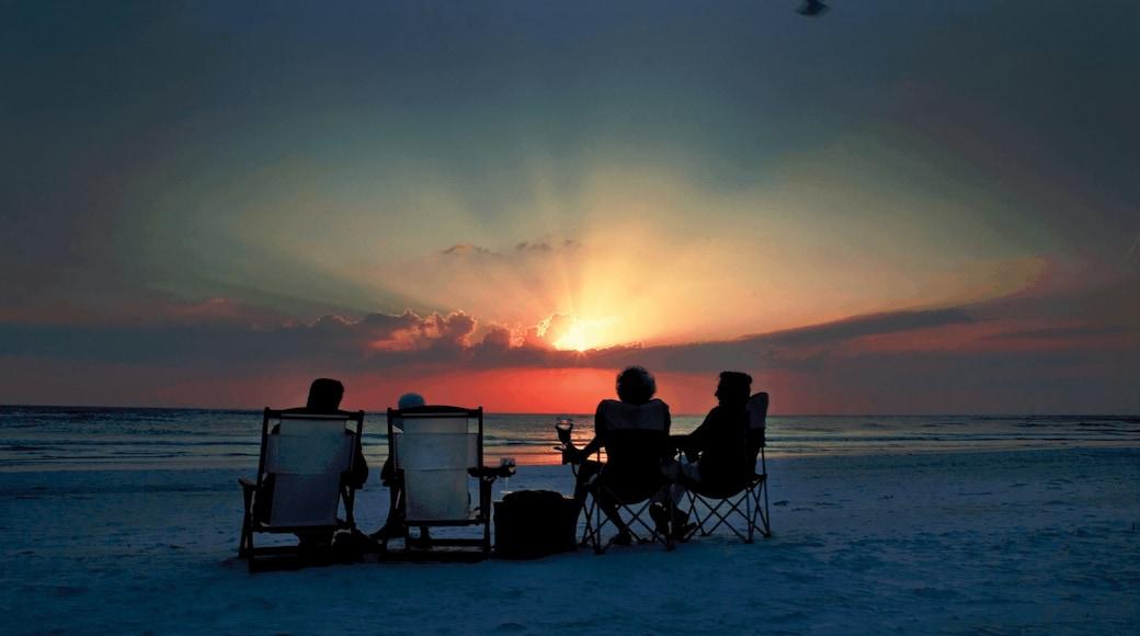 Siesta Key caratteristiche di vista della costa, tramonto e spiaggia sabbiosa