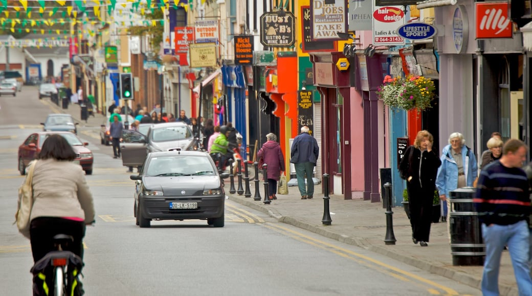 Killarney which includes road cycling, signage and a city