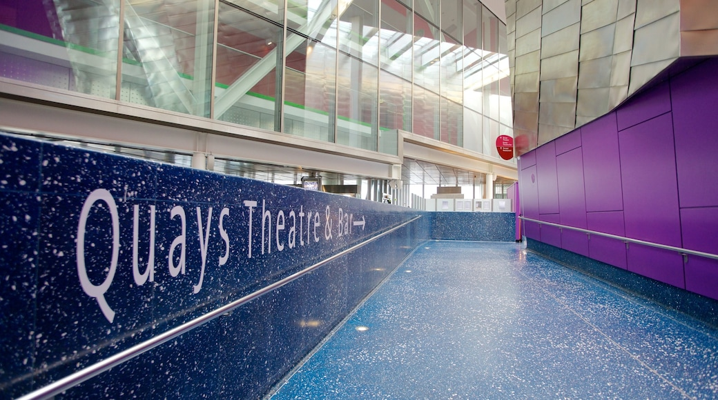 The Lowry Art and Entertainment featuring modern architecture, theatre scenes and art