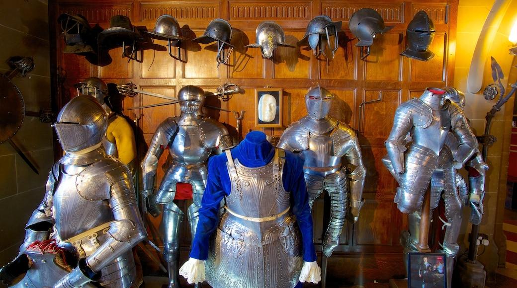 Warwick Castle som viser innendørs og palass