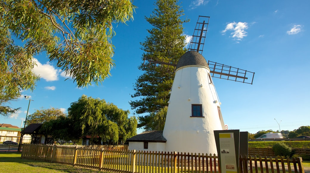 Old Mill showing heritage architecture and a windmill