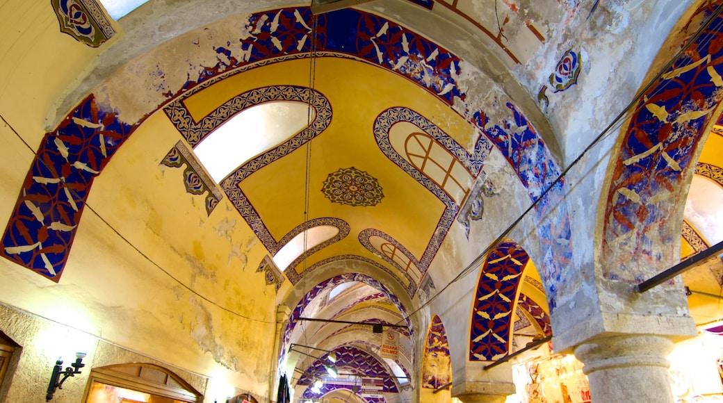 Gran Bazar que incluye patrimonio de arquitectura y vistas interiores