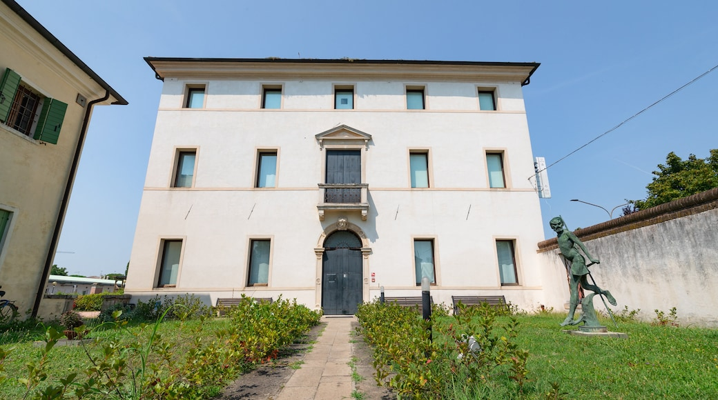 Amleto and Donato Sartori International Mask Museum