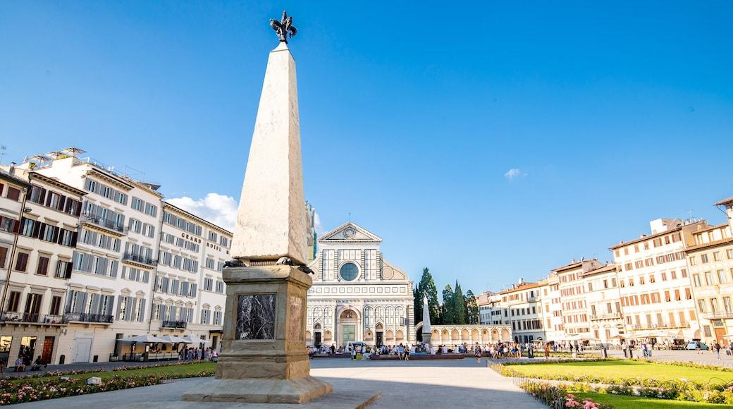 สวนสาธารณะ Piazza di Santa Maria Novella