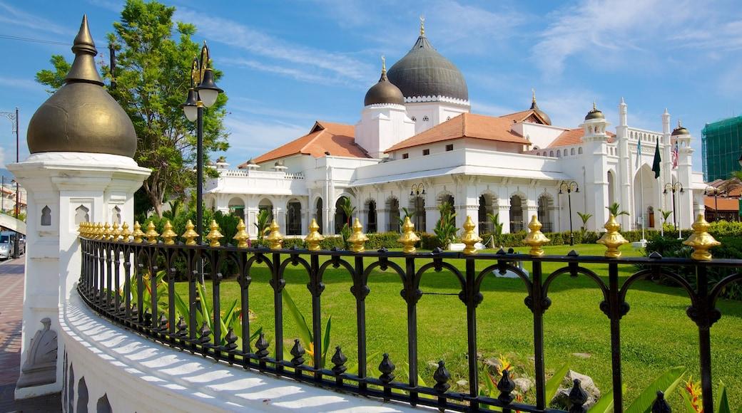 吉寧甲必丹回教堂 设有 清真寺, 宗教方面 和 歷史建築