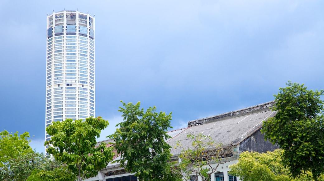 KOMTAR แสดง ตึกระฟ้า