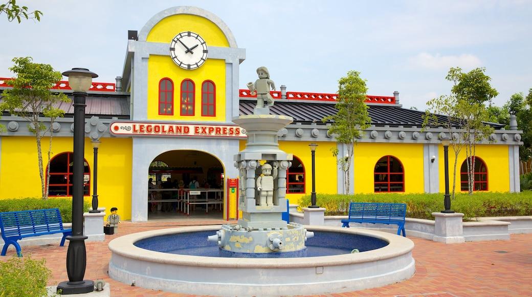 Johor Bahru trong đó bao gồm đài phun nước, biển hiệu và tàu lượn