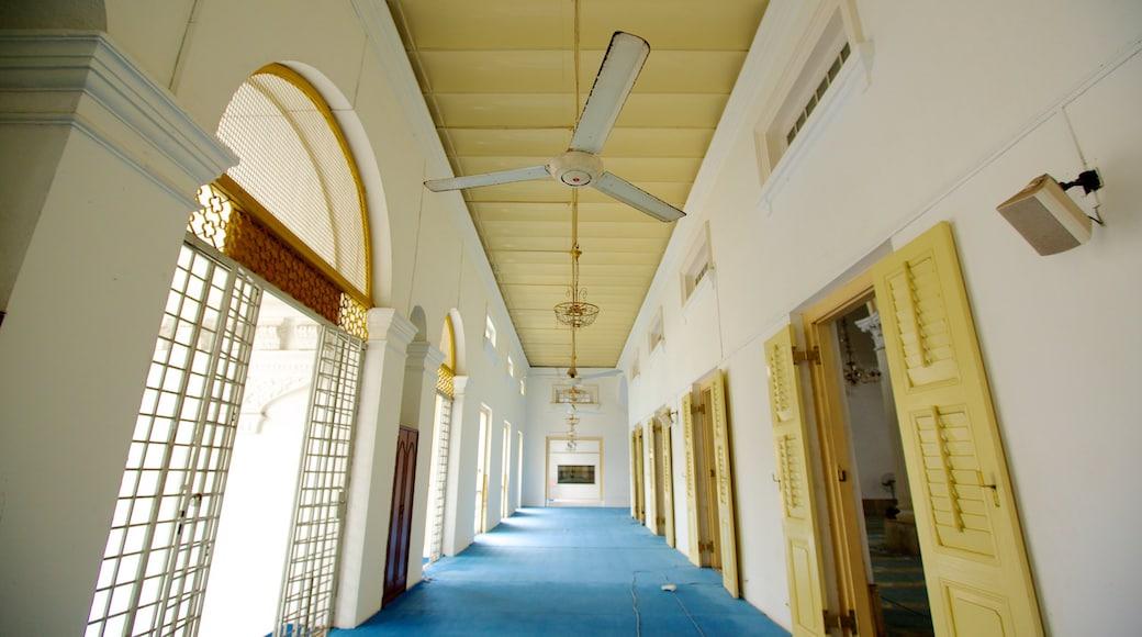 柔佛巴魯 其中包括 清真寺 和 內部景觀