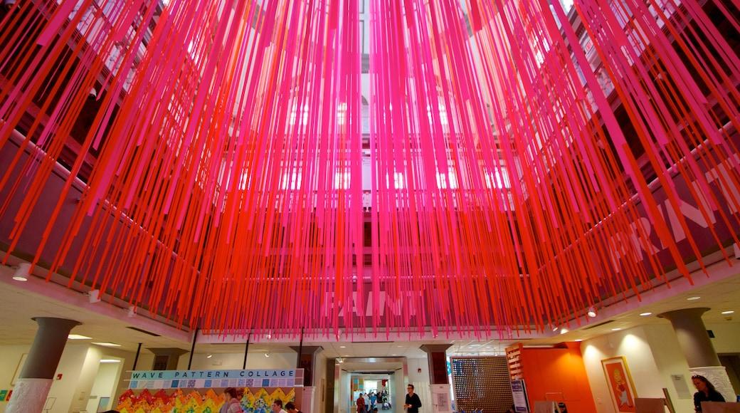Children\'s Museum of Pittsburgh mostrando vistas internas