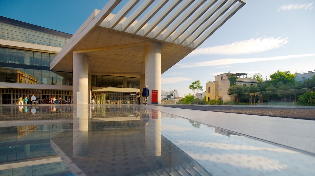 Acropolis Museum which includes a city
