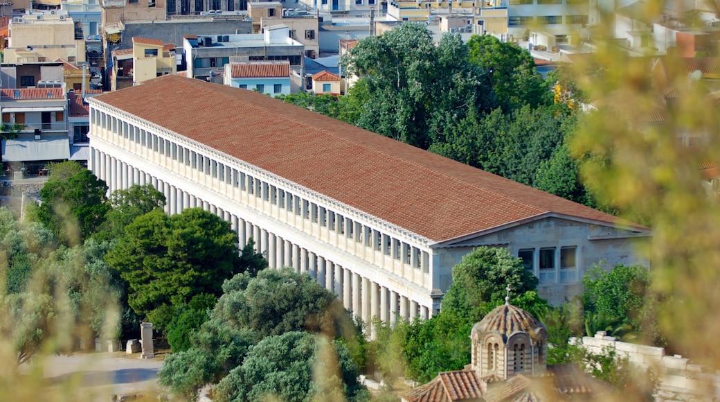 Estoa de Átalo mostrando patrimonio de arquitectura, una ciudad y vistas de paisajes