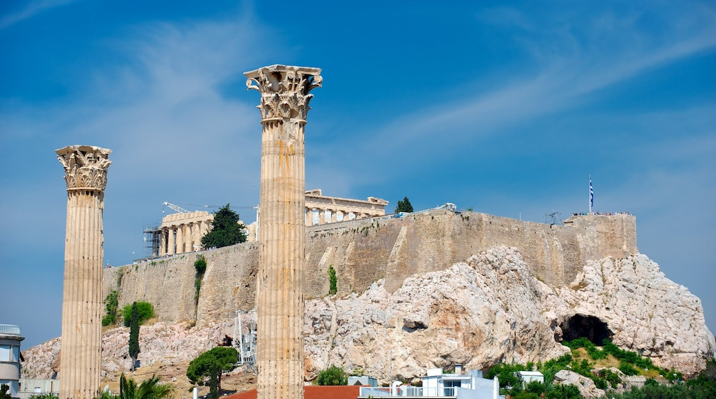 Temple of Olympian Zeus which includes heritage architecture, a temple or place of worship and heritage elements