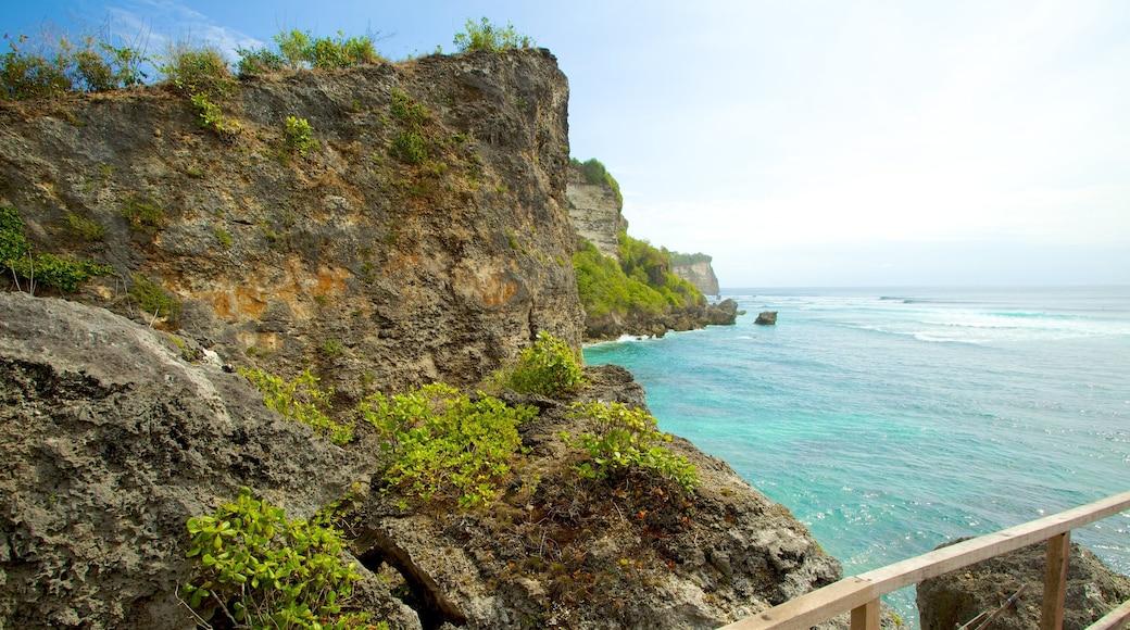 Pantai Uluwatu