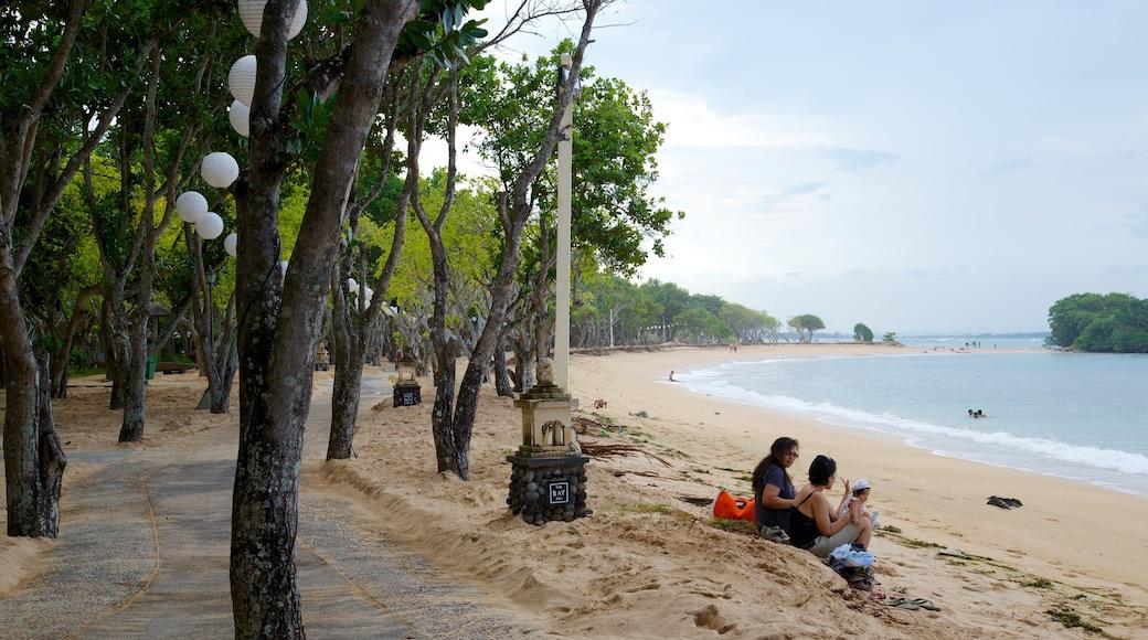 Nusa Dua Beach featuring ranta