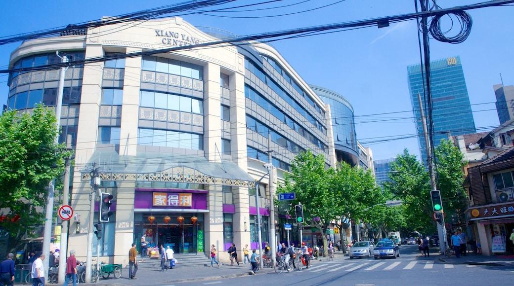 Französische Konzession das einen Straßenszenen und Stadt