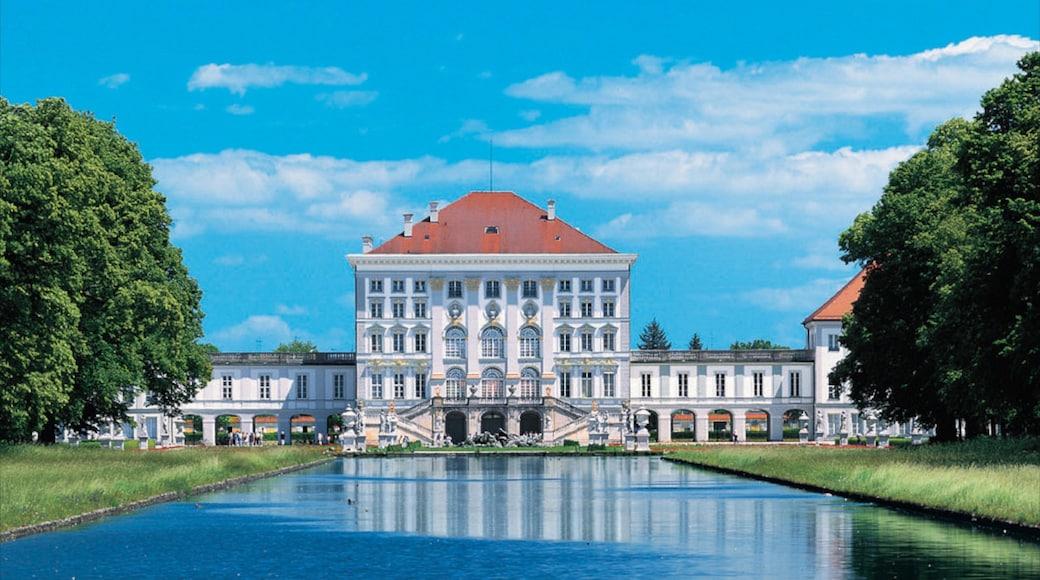 Schloss Nymphenburg welches beinhaltet Palast oder Schloss und Teich