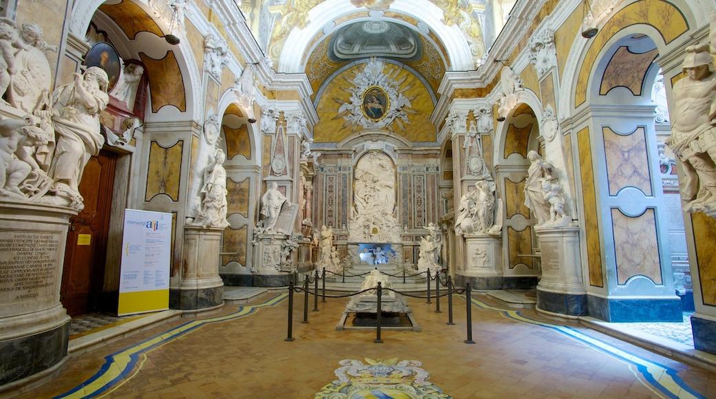 Cappella Sansevero mostrando vista interna, elementi religiosi e chiesa o cattedrale