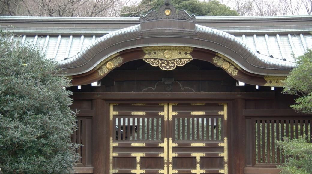靖國神社 呈现出 廟宇或禮拜堂 和 宗教元素