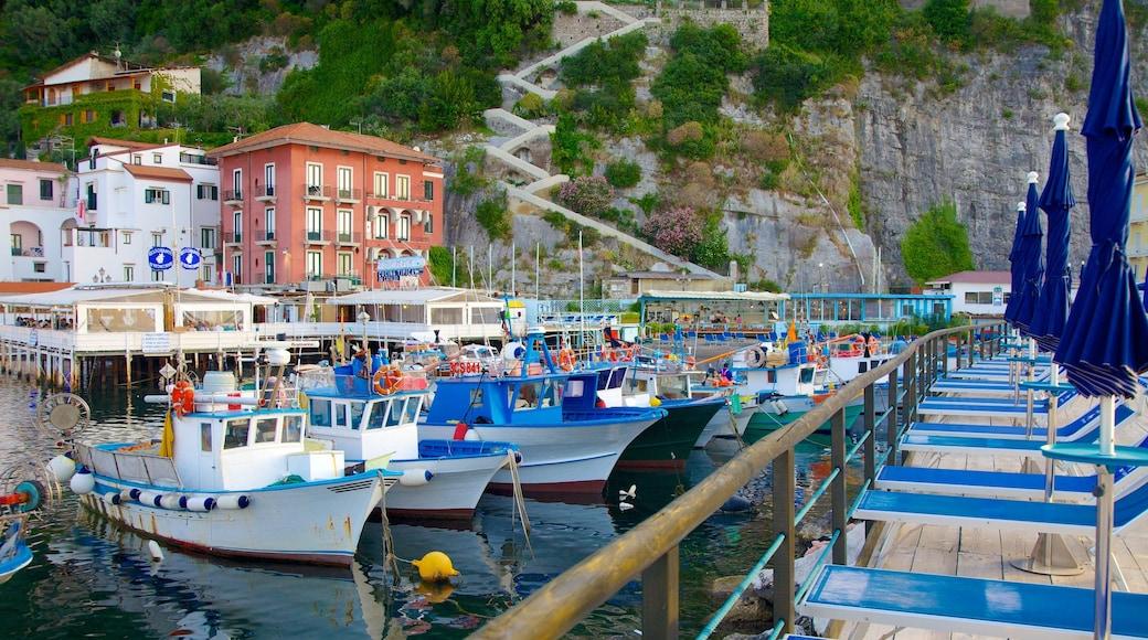 Marina Grande which includes a coastal town, a marina and general coastal views