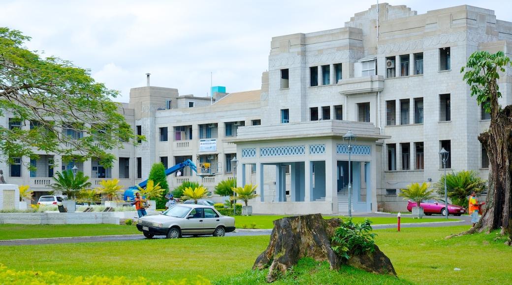 Suva mit einem Garten und Geschichtliches