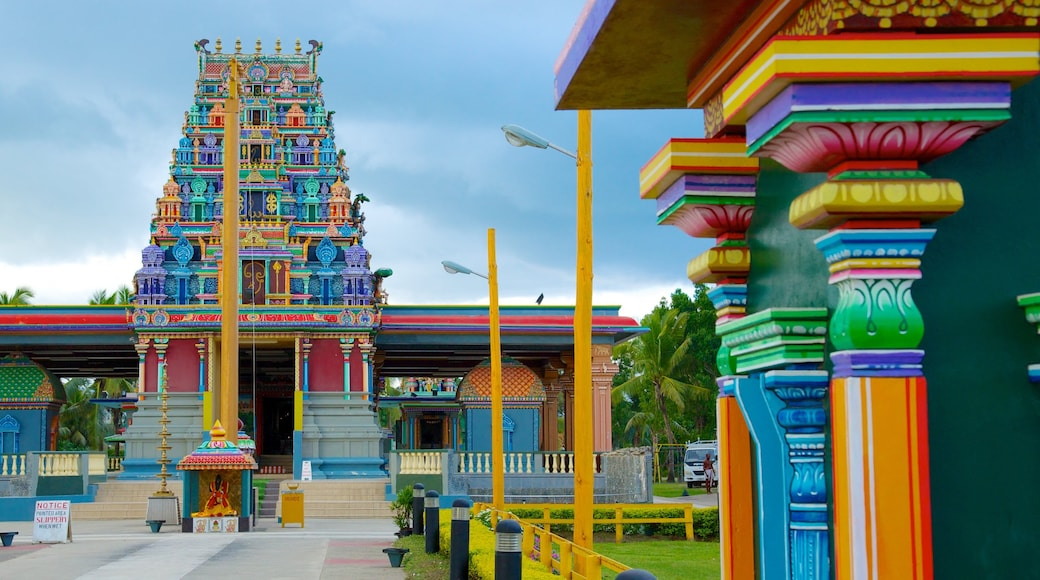 Sri Siva Subramaniya Temple which includes a temple or place of worship and religious elements