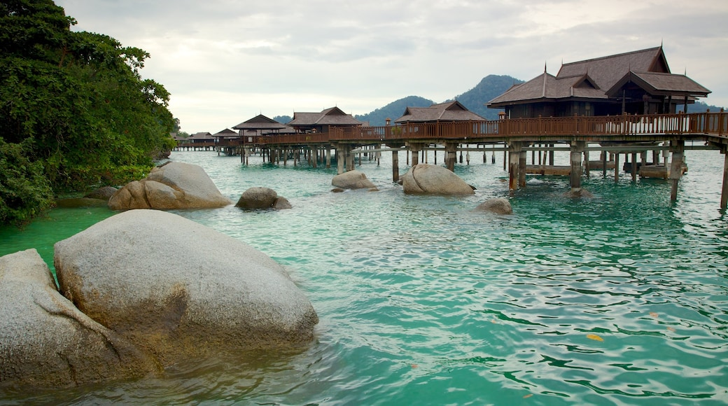 Pangkor Laut showing tropical scenes, general coastal views and a luxury hotel or resort