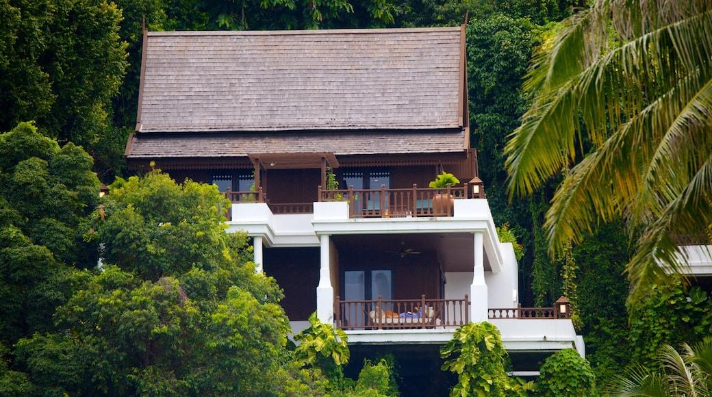 Pangkor Laut เนื้อเรื่องที่ ทิวทัศน์เขตร้อน และ บ้าน