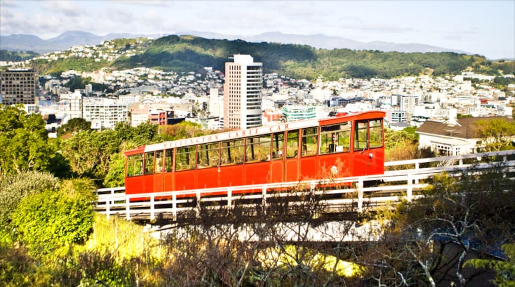 Wellington Cable Car featuring railway items and a city