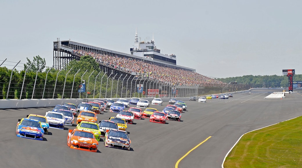 Pocono Mountains showing a sporting event