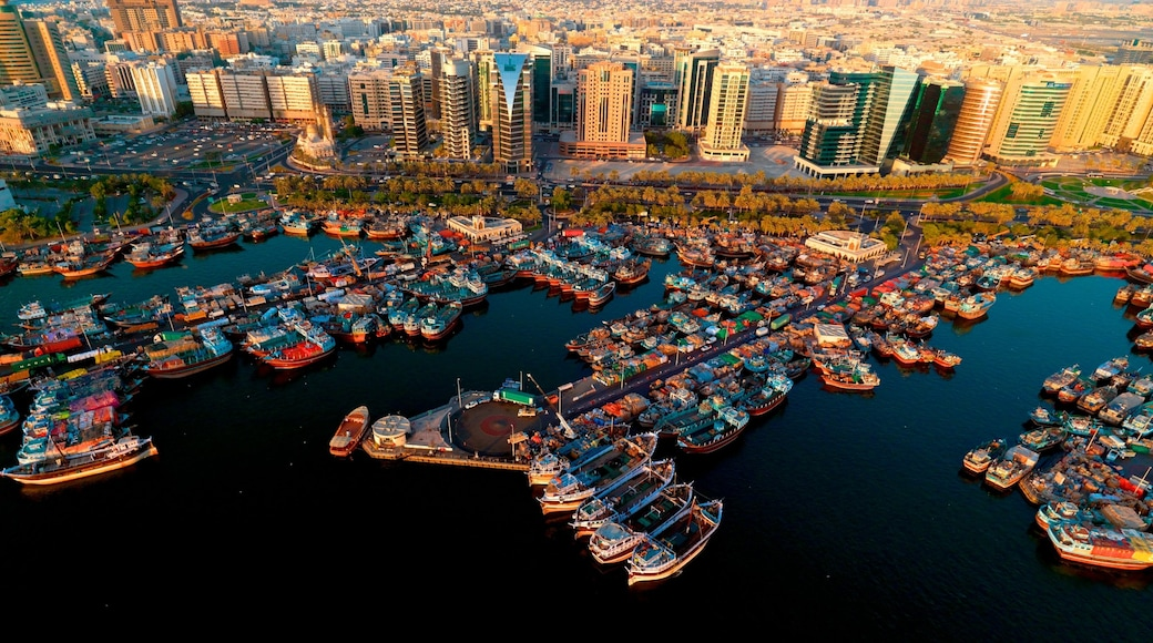 Dubai Creek showing central business district, a city and a marina