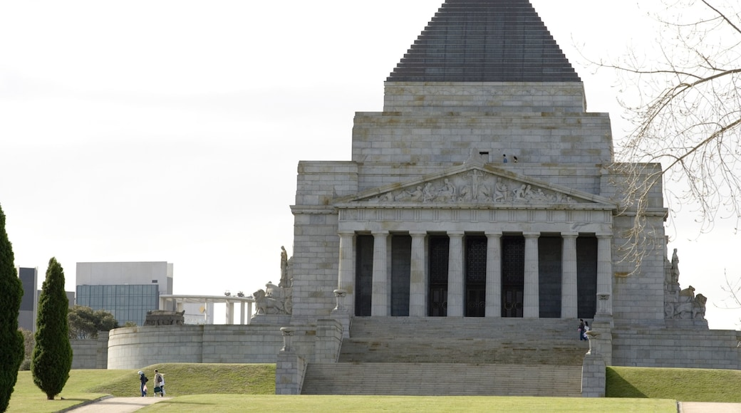 Shrine of Remembrance featuring religious aspects and a memorial