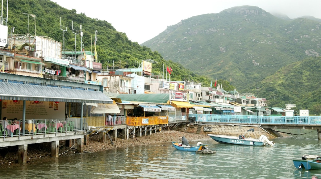 Lamma Island which includes a coastal town, boating and mountains