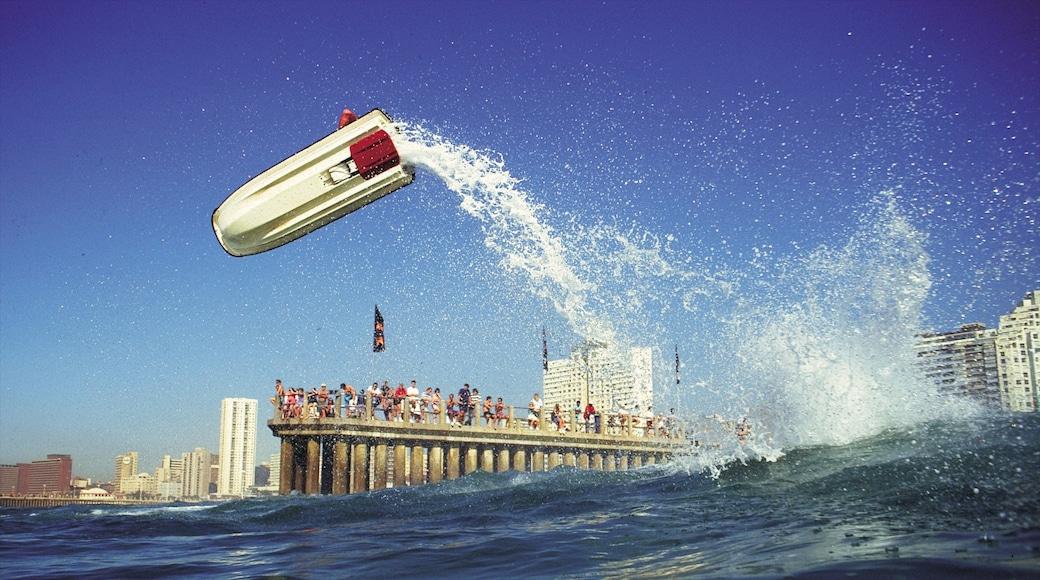 Durban das einen Marina, Brandung und Jetskifahren