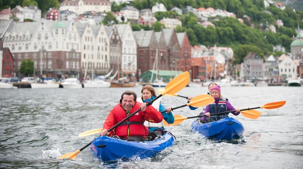 佈雷根 呈现出 城市, 皮划艇或獨木舟 和 海灣或海港