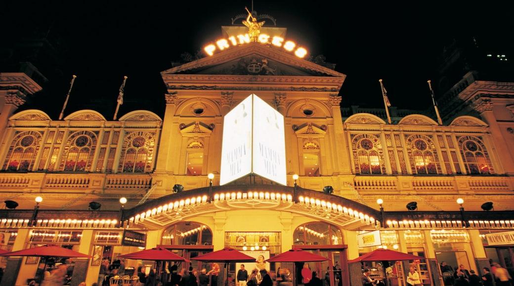Princess Theatre featuring theatre scenes, night scenes and cbd