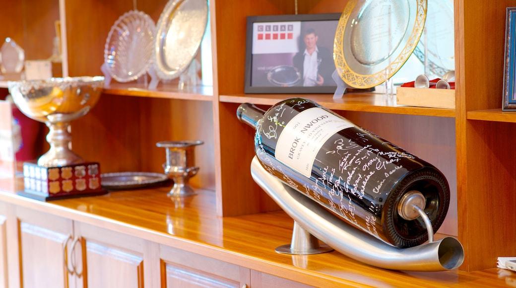 Brokenwood Wines showing interior views