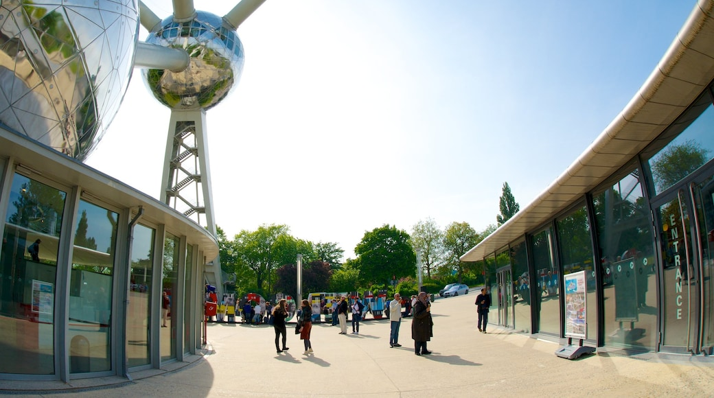 Atomium featuring a city