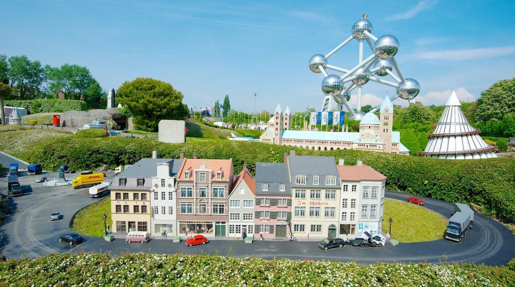 Mini-Europe caratteristiche di parco, giro e arte urbana