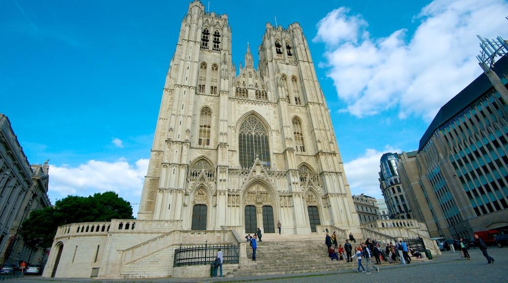 Kathedrale St. Michael und St. Gudula das einen historische Architektur, Kirche oder Kathedrale und Stadt