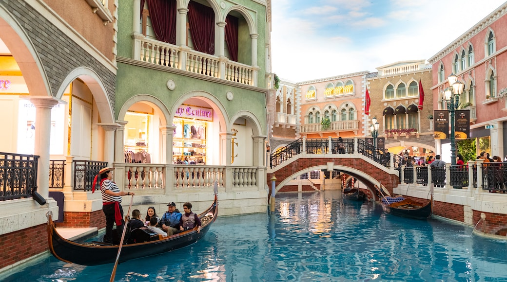 Venetian Macao Casino showing a river or creek, interior views and boating