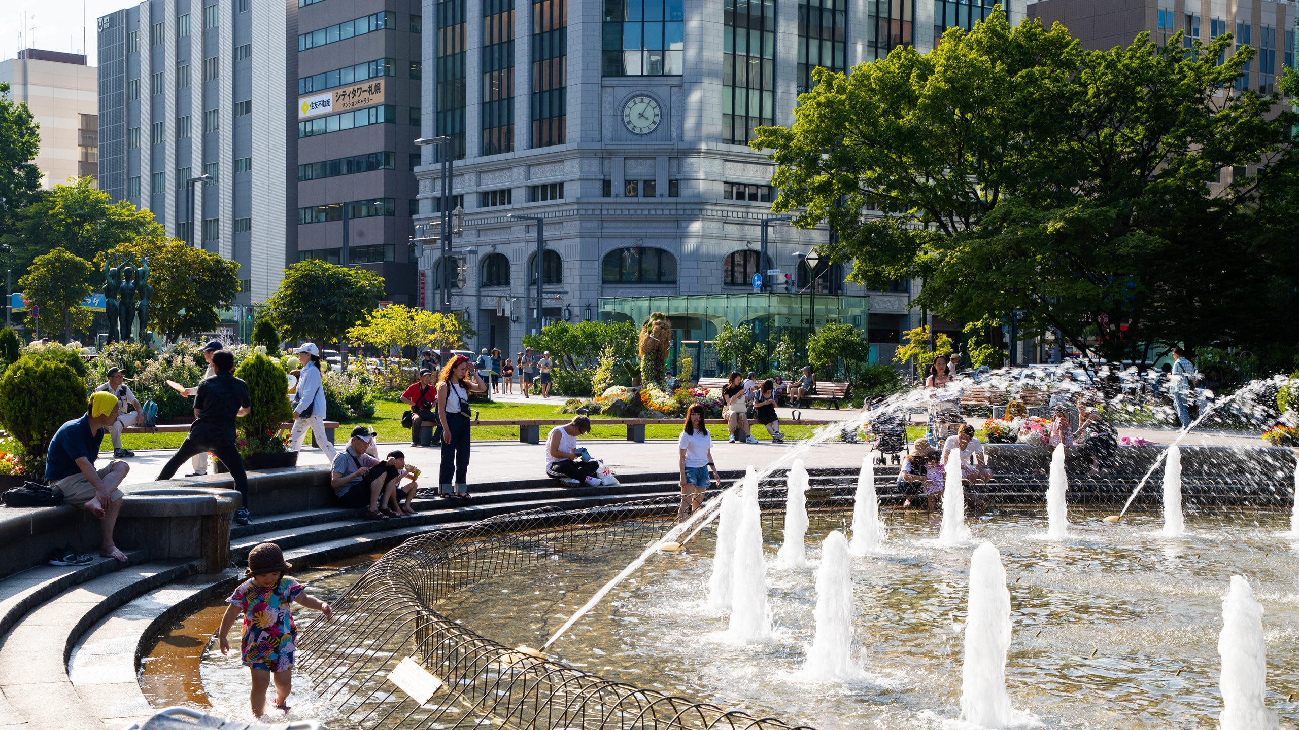 Sapporo's main thoroughfare has been transformed into a long municipal park, also the city's premier venue for festivals throughout the year.