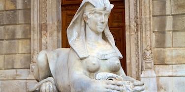 Ungarische Staatsoper Operaház das einen Statue oder Skulptur