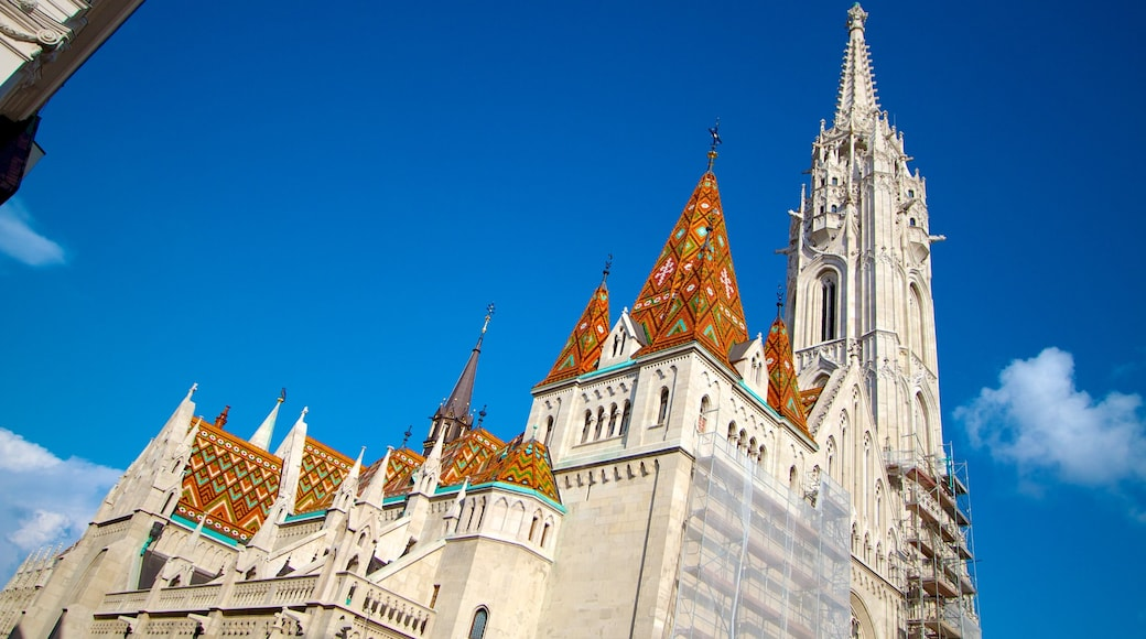 Matthias Church featuring heritage architecture, a church or cathedral and religious aspects