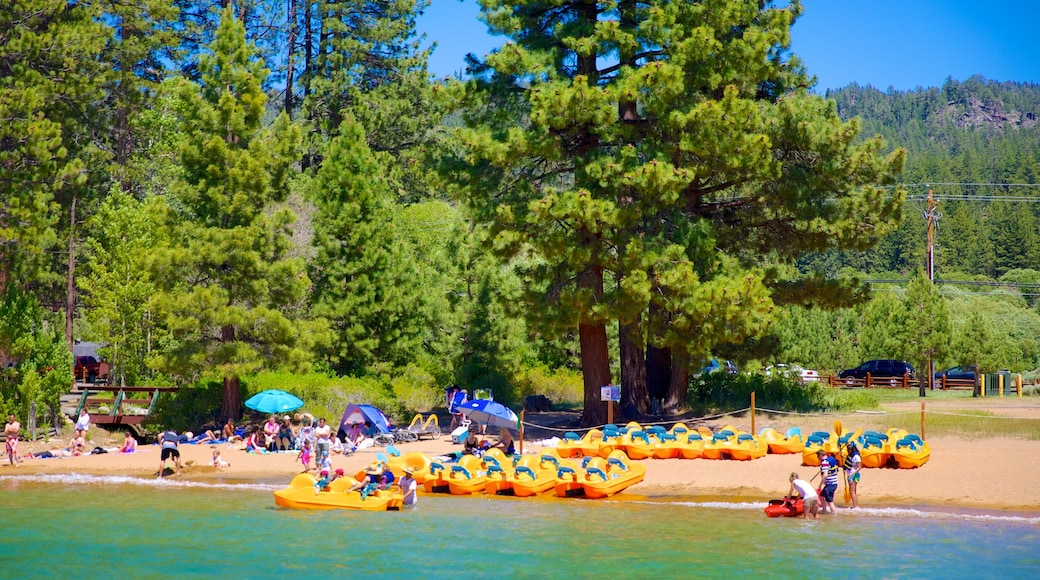 Zephyr Cove Beach showing water sports and a beach