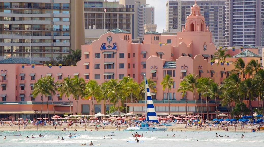 Waikiki Beach showing general coastal views and a beach
