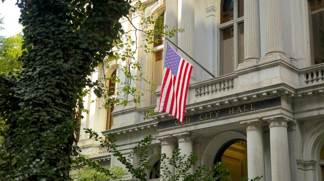 The Freedom Trail mostrando arquitectura patrimonial y señalización